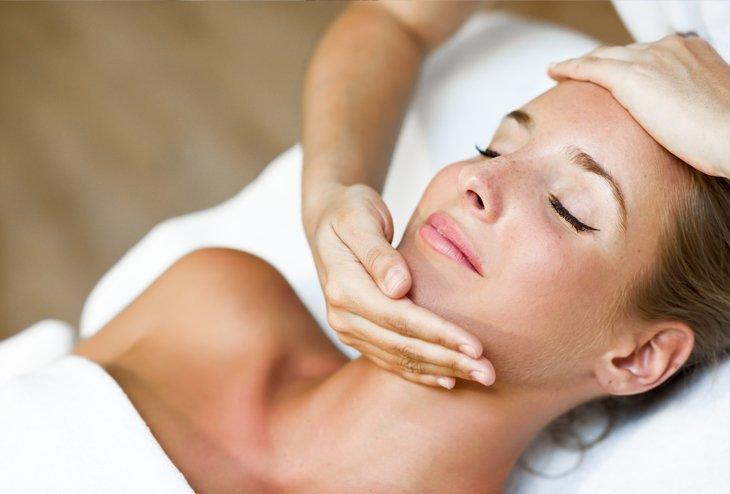 Biohotel Garmischer Hof Gesichtsbehandlung Kosmetikbehandlung